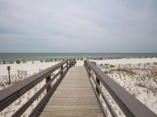 BOOK BY FEB. 28TH FOR SPECIAL BRING BREAK RATES! Sunset Cottages - Fort Walton Beach vacation rentals