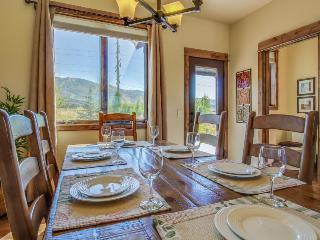 Luxury meets comfort in townhome w/ski area views! - Steamboat Springs vacation rentals
