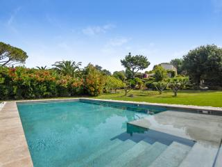 5 bedroom House with Private Outdoor Pool in Saint-Tropez - Saint-Tropez vacation rentals