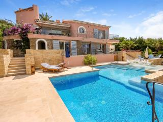 Perfect House with Private Outdoor Pool and A/C - Le Lavandou vacation rentals
