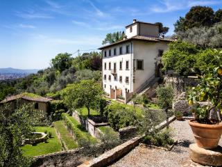 Comfortable 7 bedroom Province of Florence House with A/C - Province of Florence vacation rentals