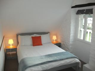 Small double room with private ensuite showeroom - Mont-St-Michel vacation rentals
