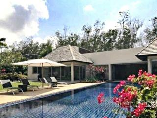 Spacious Pool Villa near Layan Beach - Layan Beach vacation rentals