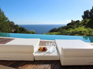 Nice 3 bedroom House in Roca Llisa - Roca Llisa vacation rentals
