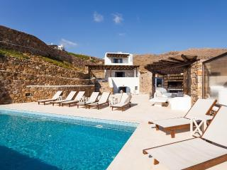 Perfect Villa with Internet Access and A/C - Panormos vacation rentals
