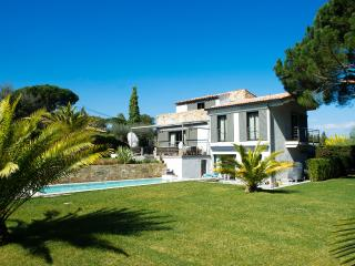 Villa Camélia - A 2 minutes du Village - - Saint-Tropez vacation rentals