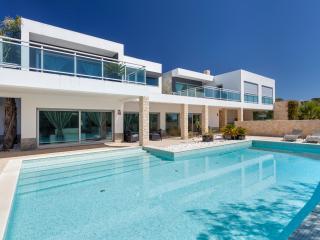 Luxury 4 bedroom villa, sea view and private pool - Lagos vacation rentals
