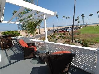 Come on in - Amazing views, great value and easy living at this old house! - Newport Beach vacation rentals