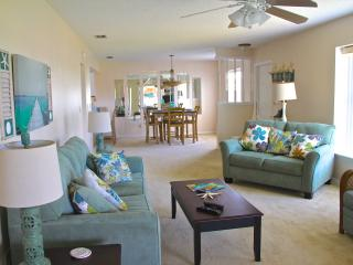 2BED 2 BATH NEW FURNISHED CONDO IN ROTONDA WEST - Rotonda West vacation rentals