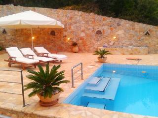 Perfect Villa with A/C and Wireless Internet in Epidavros - Epidavros vacation rentals