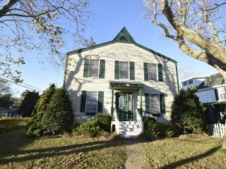 Nice 3 bedroom House in Cape May Point with Deck - Cape May Point vacation rentals