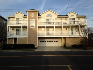 Beautiful Wildwood Beach Condo - Near Everything - Wildwood vacation rentals