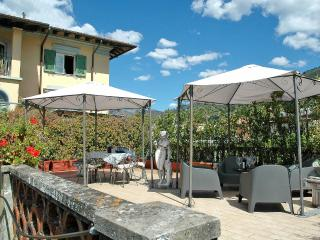 Lovely House with Internet Access and Balcony - Pietrasanta vacation rentals