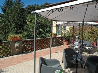 2 bedroom House with Internet Access in Pietrasanta - Pietrasanta vacation rentals