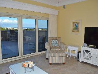 Stretch out and get a tan on your private huge terrace balcony w/water views! - Miramar Beach vacation rentals
