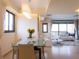 Sea View, 5th floor, 2 min walk beach - Tel Aviv vacation rentals