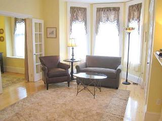 Boston Short Term Apartments - Back Bay Suites - Boston vacation rentals