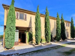 Bright 6 bedroom Villa in Treia - Treia vacation rentals
