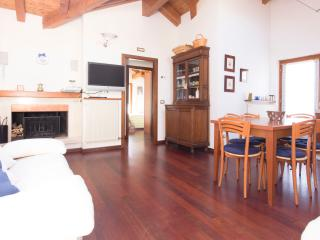 New Attic mountain view, close to the sky area - Carisolo vacation rentals