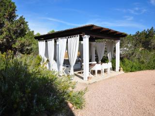 4 bedroom Villa with A/C in Sant Ferran de ses Roques - Sant Ferran de ses Roques vacation rentals