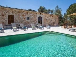 PUIG DEN XESC - 1065 - Vilafranca de Bonany vacation rentals