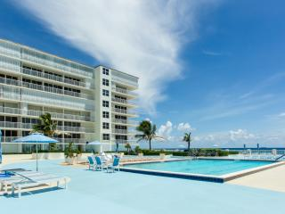 Beautiful Condo with Internet Access and A/C - West Palm Beach vacation rentals