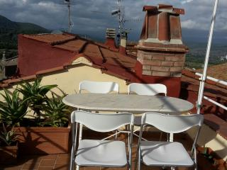 2 bedroom House with Washing Machine in Caldana - Caldana vacation rentals