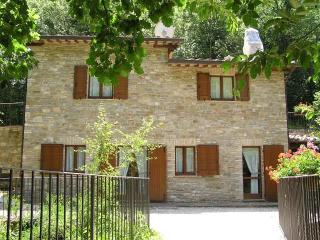 Comfortable 4 bedroom Villa in Assisi - Assisi vacation rentals