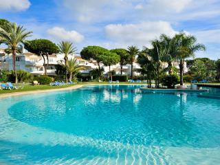 El Presidente YOLANDA: Heated Pool + wifi + Sat-tv - Estepona vacation rentals