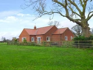 MIDDLEGATE, all ground floor, woodburning stove, pet-friendly, Malton, Ref 931402 - Malton vacation rentals