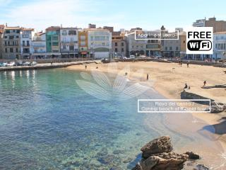 Great apartment 1min from the beach - L'Escala vacation rentals
