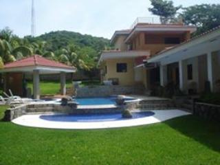 Lovely House with A/C and Long Term Rentals Allowed (over 1 Month) - El Zonte vacation rentals