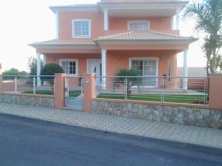 Perfect 4 bedroom Villa in Algoz - Algoz vacation rentals