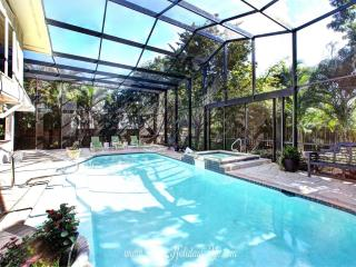 9th Ave Beach House in Olde Naples - Naples vacation rentals