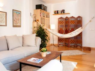 Cozy & Chic, feel at home in Madrid! - Madrid vacation rentals