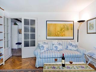 Louvre One Bedroom - Paris vacation rentals