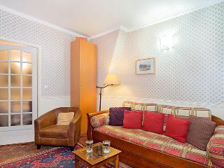 Les Halles Smaller One Bedroom - Paris vacation rentals