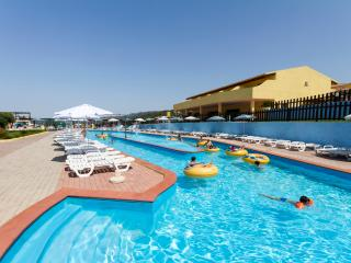 Residence Aquafantasy and free access to waterpark - Isola Rossa vacation rentals