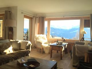 la montagne à perte de vue - Crans-Montana vacation rentals
