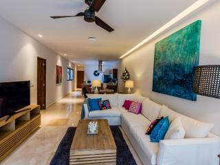 Terrazas 210 - Condo Terraza - Playa del Carmen vacation rentals