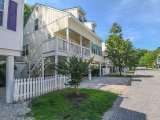 3 bedroom Condo with Internet Access in Frankford - Frankford vacation rentals