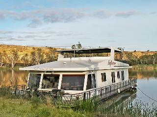 Reflections - 4 Bedroom Houseboat - Blanchetown vacation rentals