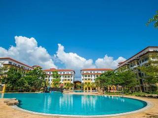 Tiara Desaru Seaview Residence Homestay - Bandar Penawar vacation rentals