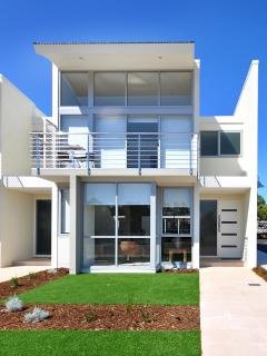 The Waves - Beachfront Townhouse Unit 9 - Jurien Bay vacation rentals
