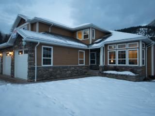 Spacious House with Internet Access and Satellite Or Cable TV - Revelstoke vacation rentals