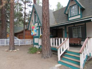 Chickadee Cabin at Big Bear Lake - City of Big Bear Lake vacation rentals