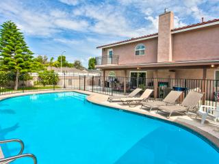 Grand Pool Home for 19+ guests Disney - Anaheim vacation rentals