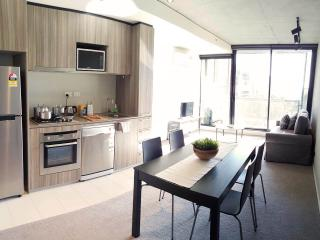 LaneWay Express in Melb's CBD - Melbourne vacation rentals