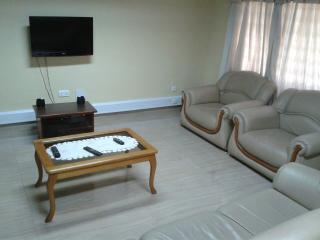 SUAF HOME LODGE - Tema vacation rentals