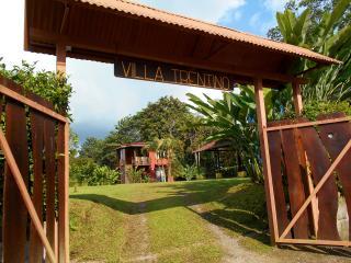 VILLA TRENTINO-Fortunadowntown-AC-tours facilities - La Fortuna de San Carlos vacation rentals